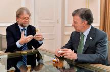 La estrategia de paz que le propuso Mockus a Santos por el plebiscito