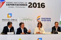 Santos respalda a empresarios y anuncia plan para impulsar la economía