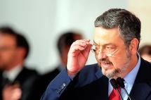 Exministro de Hacienda de Brasil fue detenido por caso Petrobras