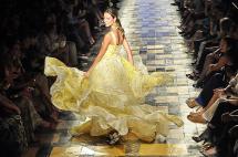 ¿Sientes que la moda no es lo tuyo? Cinco prendas de Tcherassi no solo para modelos
