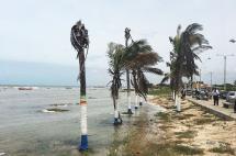 Huracán Matthew mantiene en alerta roja el mar caribe colombiano