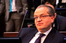 Fernando Carillo consolidó mayorías en el Congreso para ganar la Procuraduría