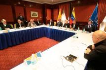 Incertidumbre por incierto diálogo entre Gobierno y oposición en Venezuela
