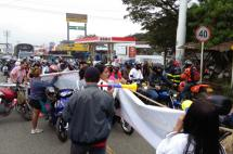 Con intervención del Esmad se levantó bloqueo en la vía Candelaria - Cali