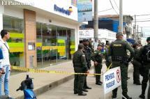 Tres personas heridas deja intento de robo a sede de Bancolombia en Jamundí