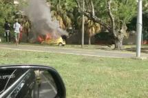 Se incendió un taxi en la Carrera 100 con Calle 13, al sur de Cali