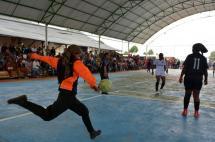 Guerrilleros de las Farc 'cambiaron' los fusiles por balones de fútbol en La Elvira
