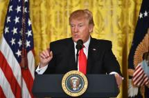 Donald Trump, un 'torbellino'  en la Casa Blanca