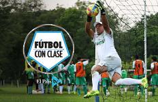 Fútbol con clase: ¿Cómo atajar un penal al estilo Jorge Rayo?