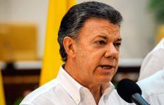 """""""Sentimos que se ve la luz al final del túnel"""": presidente Santos"""