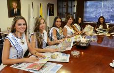 En imágenes: la Señorita Colombia y su corte real visitaron la redacción de El País