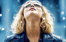 Oda al enriquecimiento, crítica a película Joy