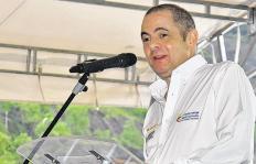 ¿Llegó la hora de que Germán Vargas Lleras salga del Gobierno?