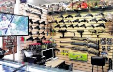 El auge de las armas de 'mentira' para cometer asaltos en Cali