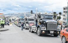 Así se mueve el 'cartel de la chatarrización' de vehículos de carga