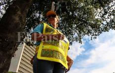 Gestores de movilidad: de víctimas de la guerra a líderes de la cultura ciudadana en Cali