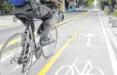 Los caleños aman la 'bici', pero no tienen dónde usarla