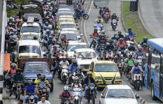 ¿Qué hacer para frenar el descontrol de las motos en Cali?