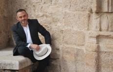 Jesús Sánchez Adalid y una novela para entender la guerra en Siria