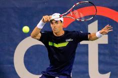Santiago Giraldo avanza en sencillos y dobles en el ATP 250 de Shenzhen