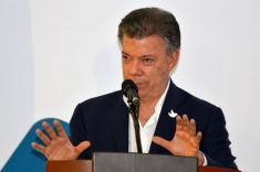 Empresarios víctimas de extorsión podrán limpiar su nombre ante Justicia Transicional: Santos