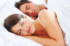 ¿Sabías que dormir poco engorda?