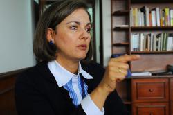 Centro Democrático cuestiona entrega de emisoras a desmovilizados de las Farc