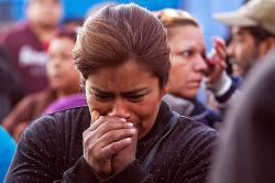 En video: desmayos y llantos frente a cárcel mexicana donde hubo motín