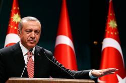Ordenan arrestar a 42 periodistas tras fallido golpe de Estado en Turquía