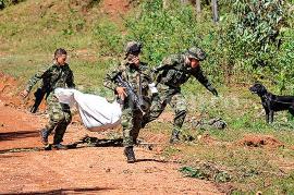 La emboscada fue realizada por la columna móvil Miller Perdomo de las Farc, en la que murieron diez militares, en Buenos Aires, Cauca. Foto: Oswaldo Páez   El País