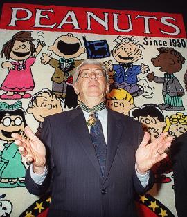 Charles Schulz, creador de Charlie Brown y sus amigos. <br>Elpaís.com.co l AFP