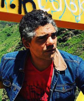 Julio Nava, cantante caleño.<br>