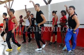 'Sandunguera', la historia de la salsa contada por bailarines caleños