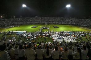 En fotografías: ¡Impresionante! Así fue el homenaje al Chapecoense en Medellín