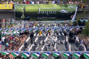 Desfile militar Bicentenario de Colombia