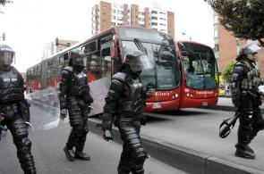 Usuarios de Transmilenio protestaron