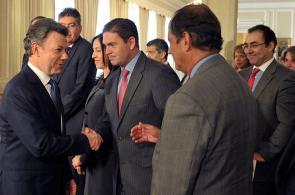 Primeras imágenes del pronunciamiento del Gobierno y las Farc sobre el proceso de paz