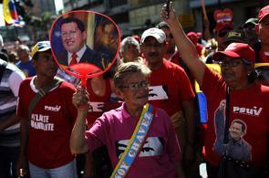 Miles de chavistas inundan las calles de Caracas