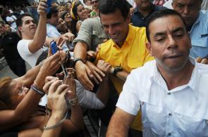 Así acudieron a votar los candidatos Henrique Capriles y Nicolás Maduro
