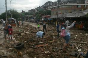En fotos: así fue el derrumbe que dejó seis personas muertas en Siloé
