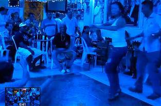 Mucho baile, mucha salsa en la Nellyteka - elpais.com.co