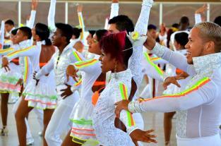 Vea el último ensayo de los bailarines del Salsódromo de la Feria de Cali - elpais.com.co