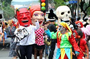 Le mostramos  las imágenes más imponentes de la Feria de Cali 2011 - elpais.com.co