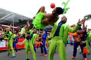 Video: un kilómetro y medio de rumba, color y alegría en el Salsódromo - elpais.com.co