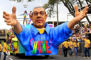 Jairo Varela, la imagen que se robó la atención de los caleños en la Feria... - elpais.com.co