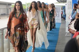 Imágenes del desfile inaugural del Cali Exposhow 2013 en el MÍO - elpais.com.co