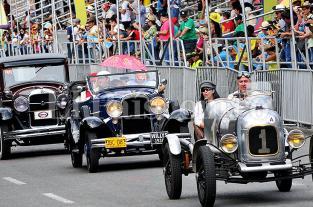 Fotos: los mejores momentos del desfile de autos antiguos de la Feria de Cali - elpais.com.co