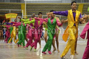 En ensayo oficial del Salsódromo, bailarines muestran sus mejores pasos - elpais.com.co