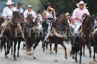 Reviva los mejores momentos de la Cabalgata de la Feria de Cali 2013 - elpais.com.co