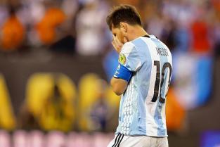 Niño argentino le pide a Lionel Messi en un conmovedor video que no se vaya